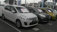 Dealer Suzuki kini menawarkan mobil bekas. (Arief/Liputan6.com)