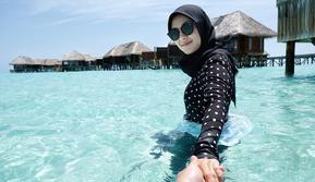 Ratna Galih liburan ke Maladewa [foto: instagram/ratnagalih]