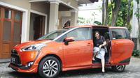 Hanifa Ambadar Menetapkan Hati Ke Toyota Sienta