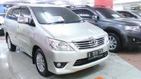 Informasi hadirnya Toyota Kijang Innova facelift cukup mempengaruhi harga Innova di sentra mobil bekas.