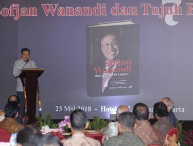 Wapres Jusuf Kalla Buka Bedah Buku Sofjan Wanandi dan Tujuh Presiden
