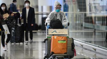 Perlindungan Ekstra Penumpang Cegah COVID-19 di Bandara Hong Kong