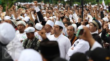 20161014-Ribuan Massa Demo Ahok di Depan Balai Kota-Jakarta