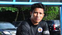 Bintang Arema asal Singapura yang mampu membawa Singo Edan menjadi juara Indonesia Super League 2010, Noh Alam Shah. (Bola.com/Iwan Setiawan)