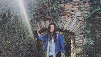 Nadine Chandrawinata saat liburan di Bulgaria (dok.Instagram @nadinelist/https://www.instagram.com/p/BZ83PRlh8eg//Henry