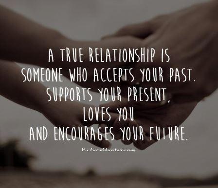 Hubungan bahagia./Copyright picturequotes.com