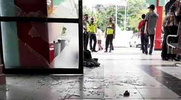 Sekelompok orang mengambil paksa jenazah pasien Covid-19 dan merusak sejumlah fasilitas di RSUD Brebes, Jawa Tengah. (Foto: Liputan6.com/Polres Cilacap)