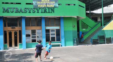 Spanduk Tolak Salatkan Jenazah Terpasang di 3 Masjid Kawasan Karet Jaksel