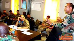 Citizen6, Lebanon: Rapat ini dihadiri oleh seluruh perwira yang membidangi masalah makanan, bertempat di ruang rapat Markas Batalyon Mekanis Konga XXIII-F/UNIFIL (Indobatt), Adshid al Qusayr, Lebanon Selatan. (Pengirim: Badarudin Bakri)