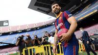 Sergio Aguero - Aguero mengalami cedera pada sesi Latihan Barcelona sejak 8 Agustus 2021. Mantan bomber Manchester City itu diprediksi baru dapat berlaga lagi pada bulan Oktober. (Foto: AFP/Lluis Gene)