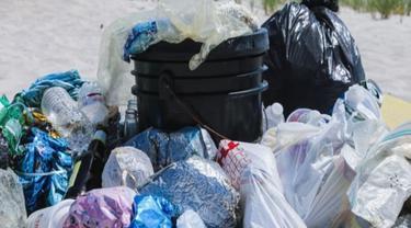 Kurangi Pencemaran Lingkungan, China Larang Penggunaan Produk Berbahan Plastik