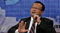 Ketua Komisi IV DPR Edhy Prabowo memberikan keterangan pers terkait kebakaran hutan di Kompleks Parlemen, Jakarta, Rabu (7/10/2015). Komisi IV DPR mendesak Presiden untuk segera menuntaskan permasalahan kabut asap. (Liputan6.com/Johan Tallo)