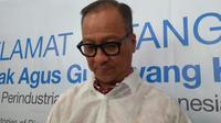 Menteri Perindustrian Agus Gumiwang Kartasasmita melakukan kujungan kerja ke pabrik Dexa di Cikarang.