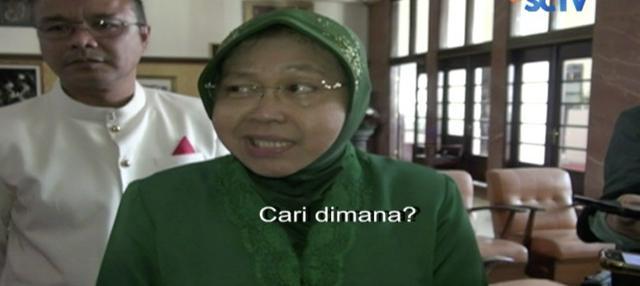 Wali Kota Surabaya Tri Risma Harini bersikukuh tidak bisa mencairkan dana THR bagi PNS dan pensiunan.