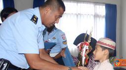 Citizen6, Subang: Kafilah Lanud Pekanbaru beranggotakan 6 personel memenangkan empat nomor. Meliputi MTQ pria dewasa, wanita dewasa, remaja putri dan MHQ pria dewasa. (Pengirim: Pentaksdm)