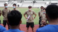 Manajer pelatih Timnas Indonesia Shin Tae-yong memimpin pemusatan latihan di Jakarta, Sabtu (15/8/2020). (Dok PSSI)