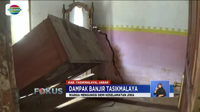 Akibat banjir susulan, delapan rumah warga Cipatujah, Tasikmalaya, Jawa Barat hancur tergerus air.