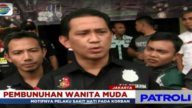 Warga Jalan Meruya Ilir Srengseng, Kembangan, Jakarta Barat Minggu lalu digegerkan dengan penemuan mayat seorang wanita muda didalam sebuah kamar kos