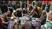 Balai Taman Nasional Kelimutu, Kabupaten Ende, Nusa  Tenggara Timur (NTT) berencana membangun museum rumah adat di area danau  tiga warna itu.