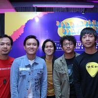 D'Masiv prescon Festival Musik Berdendang Bergoyang Festival (BBFest), di daerah Gunawarman, kawasan Senopati, Kebayoran Baru, Jakarta Selatan, Kamis (9/1/2020). (Daniel Kampua/Fimela.com)