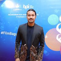 Chicco Jerikho saat dinobatkan sebagai Duta FFI di Jakarta, Senin (23/9/2019). (Daniel Kampua/Fimela.com)