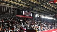 Para pelajar menyaksikan Asian Para Games 2018 (Liputan6.com / Ahmad Fawwaz)
