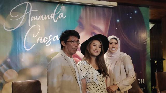 7 Potret Terbaru Amanda Caesa, Putri Parto Patrio yang